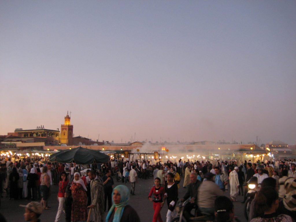 Maroc - Marrakech, place jemaa el fna soir