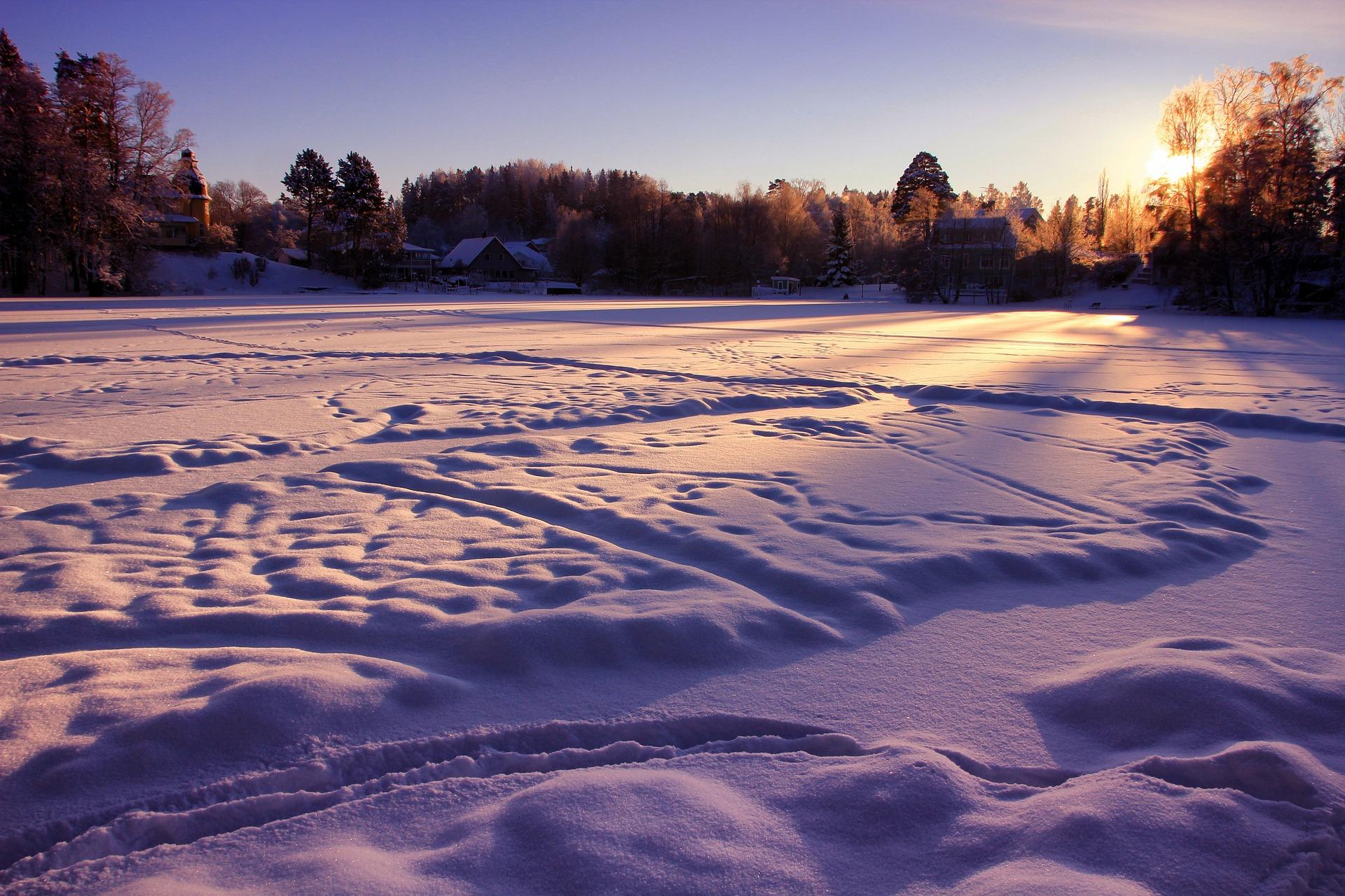 Suède lac gelé